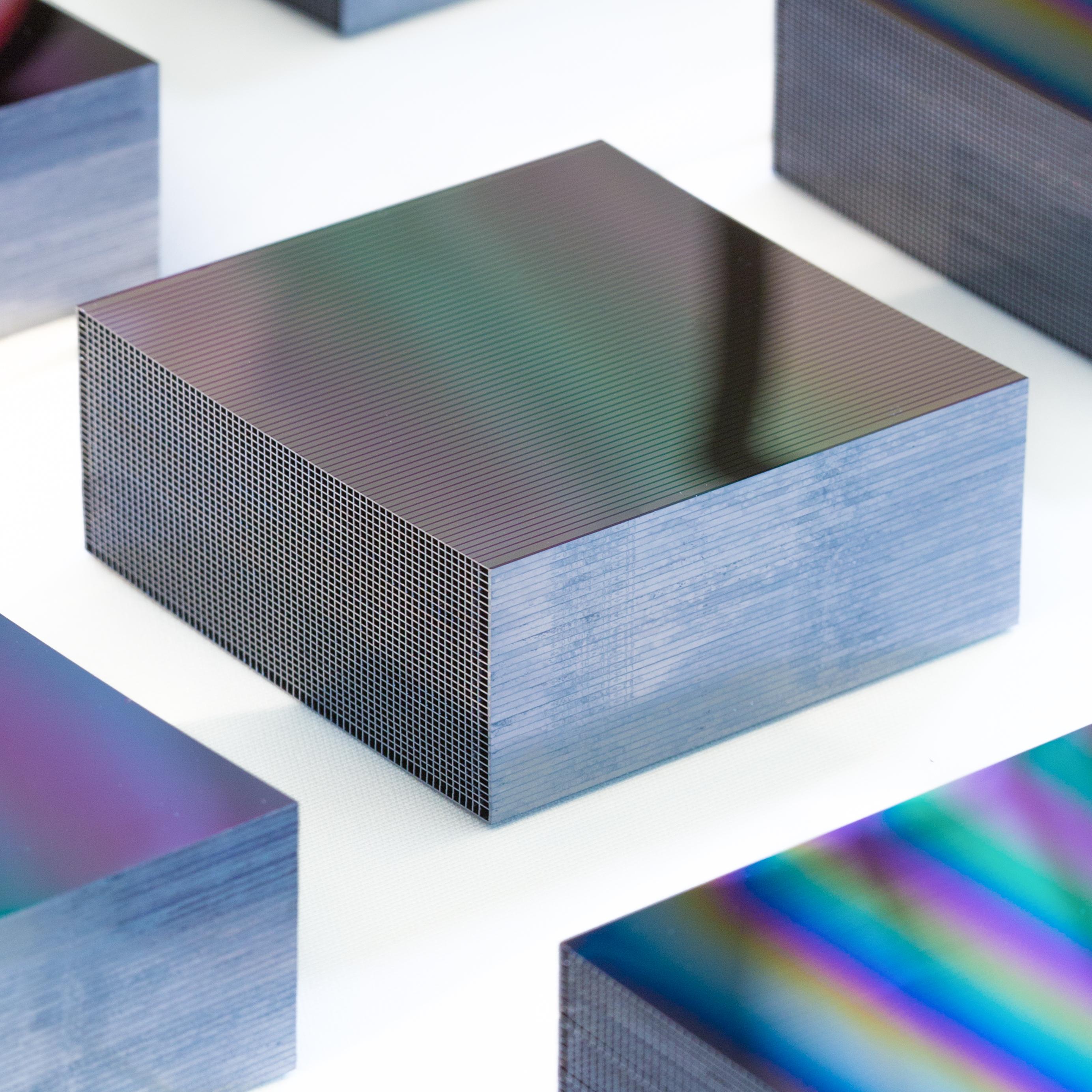 silicon_pore_optics_mirror_stack